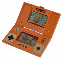 Game & Watch Donkey Kong från 1982